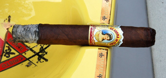 La Aroma De Cuba First Third