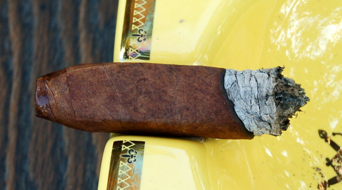 Oliva Serie V Melanio Figurado Second Band