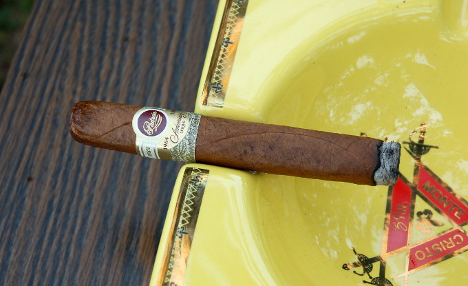 Padron 1964 Anniversary Series Exclusivo Natural First Light