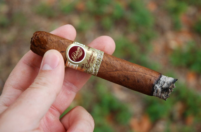 Padron 1964 Anniversary Series Exclusivo Natural First Third