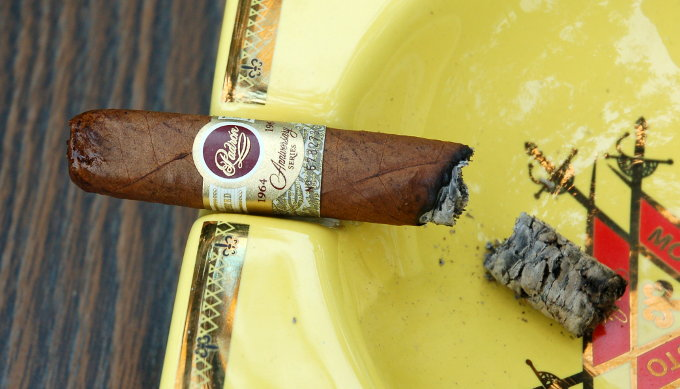 Padron 1964 Anniversary Series Exclusivo Natural Second Third Part 2