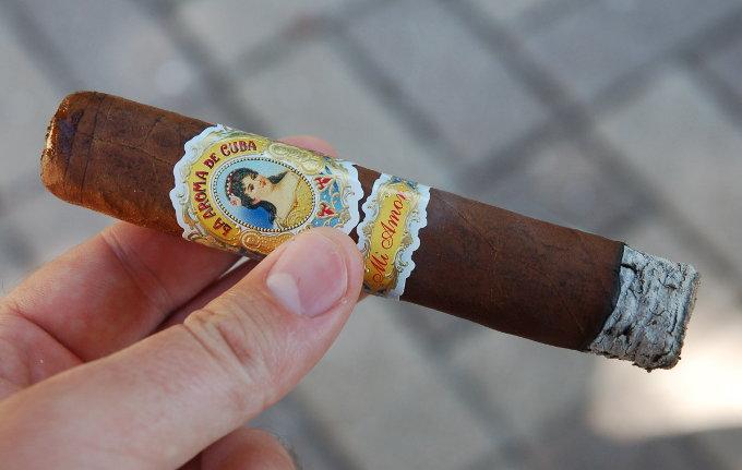 La Aroma de Cuba Mi Amor First 10 Minutes
