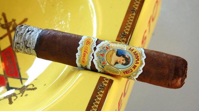 La Aroma de Cuba Mi Amor First Third