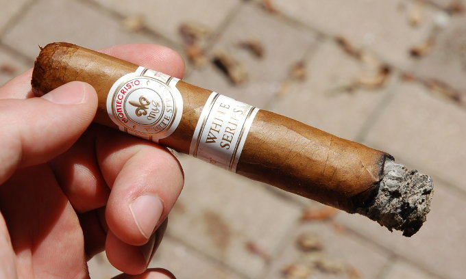 Montecristo White Series First Third Part 2