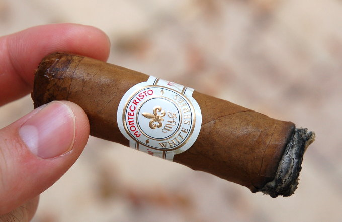 Montecristo White Series Final Third