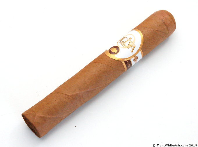 Oliva Connecticut Reserve Robusto Cigar Review