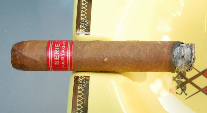 Partagas Serie D No. 4 First 10 Minutes