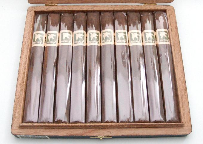 Herrera Esteli Norteño Lonsdale Cigar Box